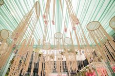 An overdose of floral not your thing? Then there are a lot of new trends in mandaps that don't involve flowers all over! Yep, here are some pretty and cool non-floral mandap ideas- some with flowers o.