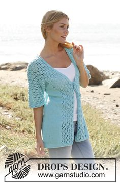 "Knitted DROPS jacket with ½ sleeves and lace pattern in ""Paris"". Size: S - XXXL ~ DROPS Design"