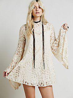 Wanderer Lace Dress