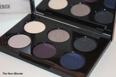 Had to have it, love these colors for green eyes.  Smashbox Smokebox Photo Op Eyeshadow Palette | The Non-Blonde