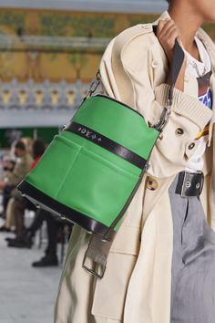 Vuitton Bag, Louis Vuitton Handbags, Purses And Handbags, Leather Accessories, Handbag Accessories, Spring Bags, Beautiful Handbags, Fashion Bags, Paris Fashion
