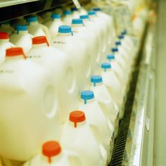 """How to Make Homemade Cream From Milk in Your Grocery Store"" -- Several options at the click-through. [Image: Ryan McVay/Photodisc/Getty Images]"