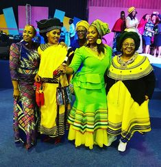 African Traditional Wear, Traditional Dresses, African Fashion Dresses, African Dress, Xhosa Attire, African Design, Squad Goals, Style Fashion, Culture