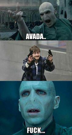 Best Ideas for funny harry potter memes jokes voldemort Harry Potter World, Harry Potter Voldemort, Harry Potter Humor, Images Harry Potter, Fans D'harry Potter, Mundo Harry Potter, Harry Potter Films, Potter Facts, Harry Potter Jokes