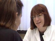 Erfahren Sie mehr über Gynäkologische Infektionen. Die gynäkologische Untersuchung ist nicht nur als frauenärztliche Kontrolle beim Auftreten von Beschwerden zu verstehen. Vielmehr handelt es sich um eine wichtige Vorsorgeuntersuchung, die auch bei völlig beschwerdefreien Frauen durchgeführt werden sollte. Gerade im Bereich der Früherkennung von Brustkrebs und Gebärmutterhalskrebs spielt die regelmäßige Kontrolle eine entscheidende Rolle. Je früher eine Krebserkrankung oder deren Vorstufe…