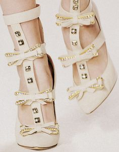 white bow heels