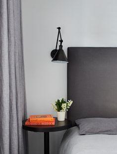 Tête de lit et lampe