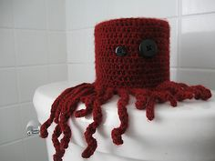 Ravelry: Crazy Lil' Octopus pattern by Hope Furno - would like to re-work to create tea cosy