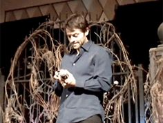 (gif) Misha double-take reaction on seeing Destiel fanart on this girl's phone. ROFL.