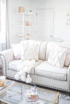 A peek at my living room! A feature with @raymourflanigan will be live shortly & a full living room tour will be live next week ✨ http://liketk.it/2pL3n @liketoknow.it #liketkit #LTKHome #MCBLAtHome #myRFstyle