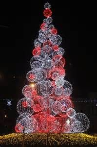 Red and White Christmas | Colors in Bucharest