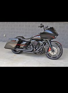 Custom Harley Davidson Road Glide Black