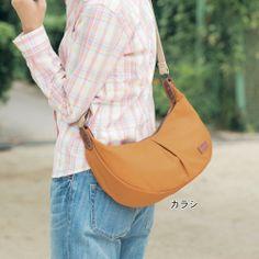 日本製 春カラーキャンバスショルダーバッグ