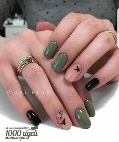 Image about girl in Nails / Nail Polish / Vernis / Manicure by Mouna DramaQueen Stylish Nails, Trendy Nails, Almond Shape Nails, Almond Nails, Nail Polish, Instagram Nails, Instagram Ideas, Green Nails, Black Gel Nails