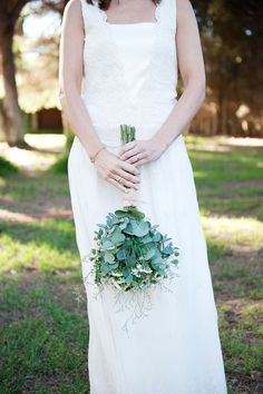Winter Inspired Wedding at Masia Ribas, Barcelona, Spain by Wedding Stylist Detallarie via Truly and Madly