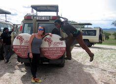 Estefanía con Bruno (conductor Udare Safari). Octubre 2015