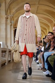 Junya Watanabe Debuts Eclectic Collaborations at Paris Fashion Week Men's Including work with Levi's, Carhartt and New Balance. Junya Watanabe, Top Stitching, Fashion Labels, Jacket Style, Hypebeast, Formal Wear, Paris Fashion, New Balance, Work Wear