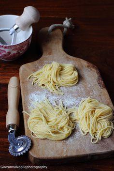 Tagliolini semi integrali all'uovo  Ricetta/recipe: www.lacuocaeclettica.it/