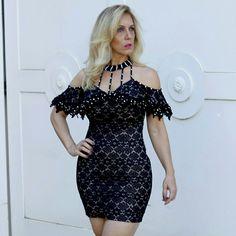Pra arrasar nas festas !!! ✨✨ . .  R$389,90 (P e M) Preto e Verde .  Vendas Loja Física e Site : www.santollo.com.br . ☎Comercial (34) 33166586. . 📲(34) 988112985 (Sandra). . 📲(34) 997723030 (Dani). . 🚚Enviamos para todo Brasil. .  #vestidos #dress #look #pretty #look #pretty #fashion #elegante #itgirl #party #glamour #santóllomodas #trendy #fancy #kessesoficial