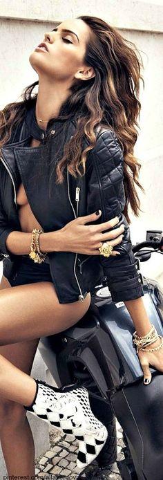 .Moto jacket style