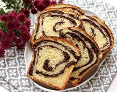 Cozonac pufos cu nuca - Desert De Casa - Maria Popa Sweets, Dessert, Hungarian Recipes, Romanian Recipes, Gummi Candy, Candy, Deserts, Goodies, Postres