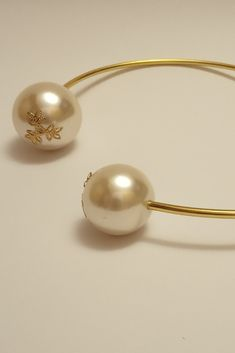 29.99 $ Wedding pearl choker, White Pearl Necklace, Gold Choker Necklace, Crystal Choker, Pearl Choker, Pearl Jewelry, Pearl White, Wire Jewelry, Romantic Gifts For Her, Artisan Jewelry
