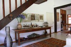 Pasillo, hall y escaleras de estilo  por FLAVIO BERREDO ARQUITETURA E CONSTRUÇÃO