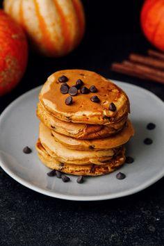 Fluffy Chocolate Chip Pumpkin Pancakes (Vegan)