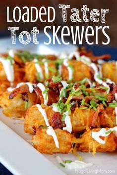 Who can resist, right? They are especially great when you can put together some easy (and budget friendly) appetizers like hot wings from the Walmart Hot Deli and my Loaded Tater Tot Skewers. Game Day Appetizers, Appetizers For A Crowd, Game Day Snacks, Game Day Food, Appetizer Recipes, Party Snacks, Super Bowl Appetizers, Superbowl Party Food Ideas, Tailgate Appetizers