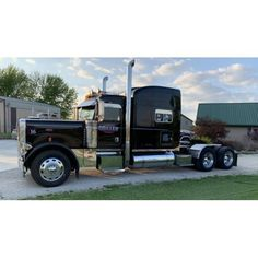 Find 2007 PETERBILT 379 For Sale In Streator, Illinois 61364 in the Cars, Boats, Vehicles & Parts - Cars & Trucks - Truck (Heavy Duty) category in Webstore online auctions Dually Trucks, Peterbilt Trucks, Pickup Trucks, Peterbilt 379 For Sale, Streator Illinois, Semi Trucks For Sale, Heavy Machinery