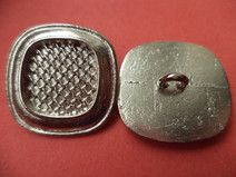 7 METALLKNÖPFE silber 21x 21mm (1858)Knöpfe Metall