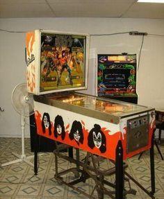 1978 Kiss Pinball Machine - Naples