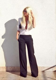 Palazzo Pants Outfit For Work. 14 Budget Palazzo Pant Outfits for Work You Should Try. Palazzo pants for fall casual and boho print. Looks Street Style, Looks Style, Black And White Outfit, White Dress, Black White, Style Feminin, Sailor Pants, Work Fashion, Fashion Design