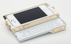 Will.i.am's V.4 camera accessory turns the iPhone camera into a 14MP device and features a slide out keyboard