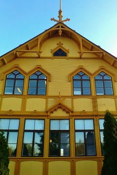 South-Ostrobothnia College windows, old main building. - Ilmajoki, Finland.
