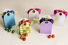 Really cute Easter gift baskets. Template and instructions at Play at Powerhouse.