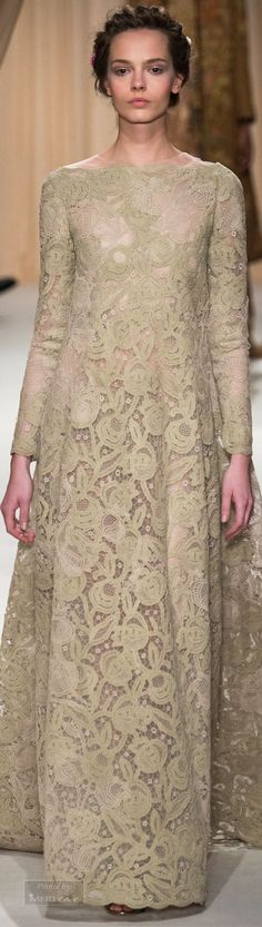 Why You Should Wear Sneakers With Your Party Dress Tonight Valentino Garavani, Valentino Couture, Couture Fashion, Hijab Fashion, Lace Dress, Dress Up, Neutral, Look Fashion, Fashion Design