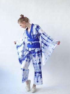 Shibori Kimono Jumpsuit - Design and Model: Maike Hübner, University Paderborn. #shibori #kimono #jumpsuit #design #fashion #dying #batik Batik Fashion, Denim Fashion, Fashion Outfits, Fashion Trends, Designer Jumpsuits, Designer Dresses, Shibori Tie Dye, Just Girl Things, Fashion Boutique