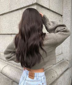 Uploaded by 🅔🅛🅔🅝🅐.🅝. Find images and videos about girl, style and hair on We Heart It - the app to get lost in what you love. Brown Blonde Hair, Long Brunette Hair, Hair Styles Brunette, Types Of Brown Hair, Brunette Hair Colors, Brown Hair Inspo, Dark Brown Long Hair, Soft Black Hair, Rich Brunette