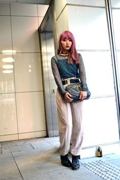 #japanese street fashion point: hair color contrasts