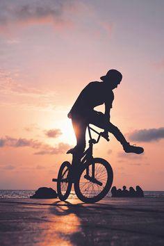 Mongoose Index Freestyle Bike - Silver Bmx Street, Bmx Gt, Photo Velo, Bmx Ramps, Trekking, Bmx Racing, Bike Photography, Couple Photography, Snowboard Girl