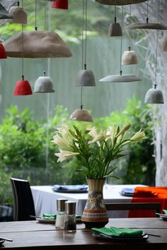 Amaï Saigon ceramic tableware at Si restaurant HCMC Vietnam Click the link to visit our site Ceramic Tableware, Ceramic Clay, Raku Pottery, Diy Luminaire, Keramik Design, Ceramic Light, Paperclay, Flower Market, Light Fittings