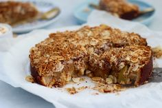 This healthy apple tea cake is sahhhhhhh yum. We vote, the perfect recipe for your next morning tea! No refined sugar, no grains, no gluten, just delish! via @themmsisters