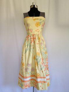 Vintage 70s Sunny Hawaiian Dress