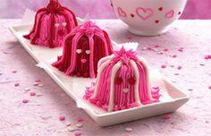 Halloween Hairy Monster Heart Cupcake Recipe | Betty Crocker