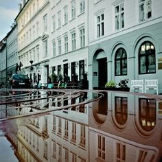 Unique Reflective Cityscapes Turn Copenhagen Upside Down - My Modern Metropolis Photo : Morten Nordstrøm
