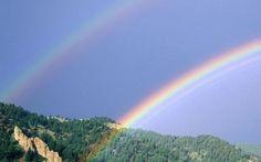 山々の二重の虹 レインボー 自然 高解像度で壁紙