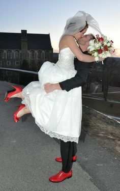 here is an idea for the black and red weddings=Would Blake go for this - it's an awesome idea to make the groom stand out!