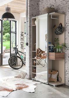 Předsíňová skříň GW 3754 je velmi praktický pomocník a výborně zapadne do vaší předsíně či vstupního prostoru. 👗👜👠 Hallway, Deco, Decor, Furniture, Space, Home, Mirror, Home Decor