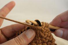 Knooking purl stitch